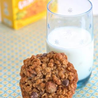 DV Oatmeal Golden Raisin Cookies.