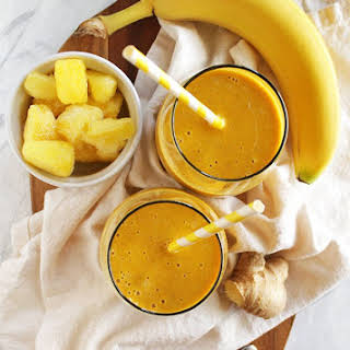 Pineapple Ginger Turmeric Smoothie.