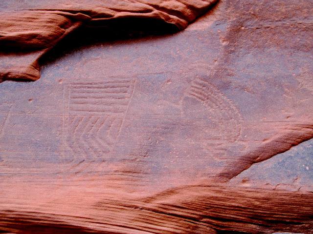 Unusual style of petroglyphs