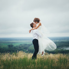 Wedding photographer Vitaliy Gayfulin (Hawk13). Photo of 18.07.2016