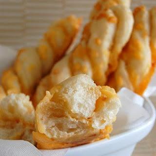 Garlic-Cheese Twists