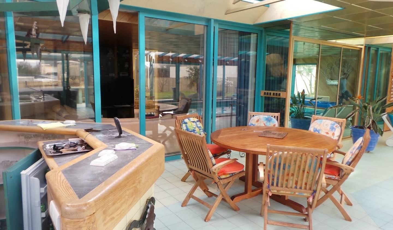 Maison avec piscine et terrasse Lannion