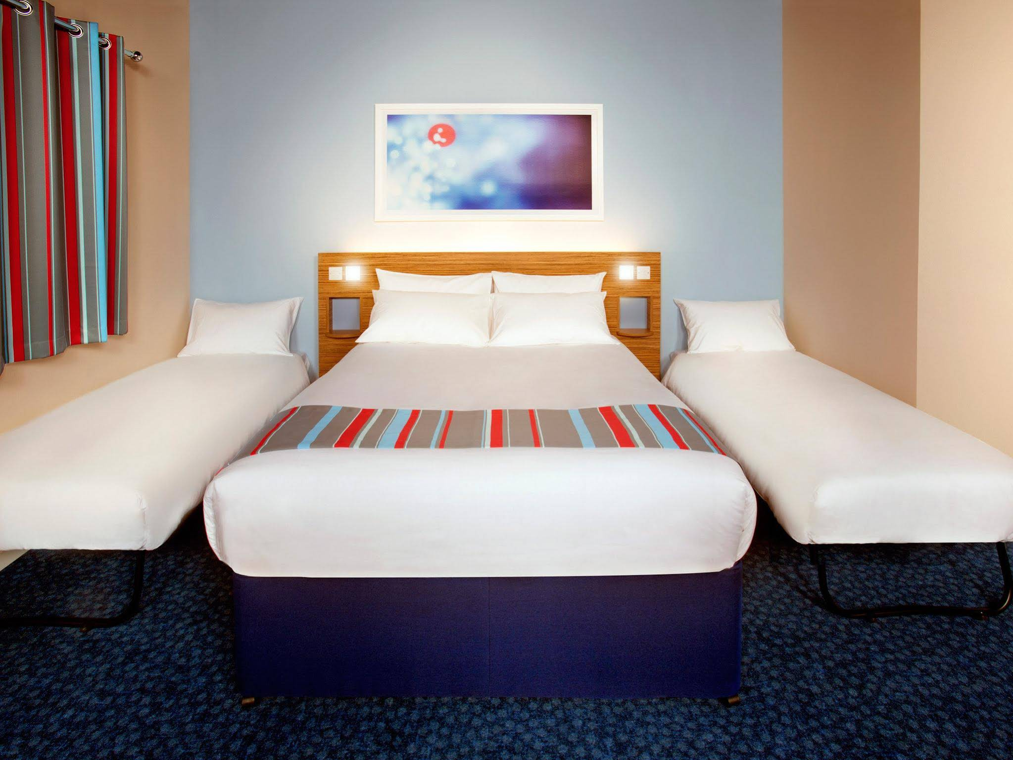 Travelodge London Central Covent Garden Hotel