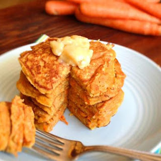 Carrot Cake Pancakes w Honey Butter