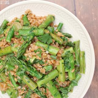 Farro with Vidalia Onion and Asparagus Recipe