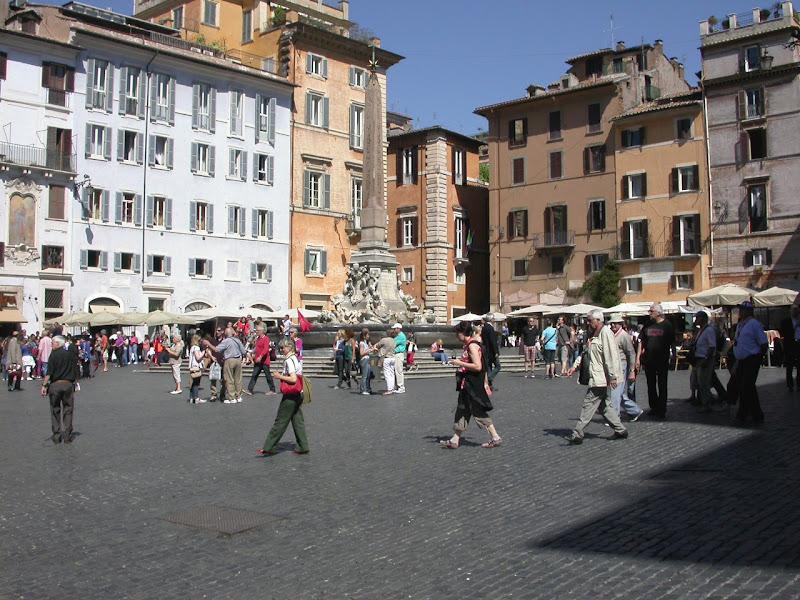 piazza del pantheonRoma  di rita18