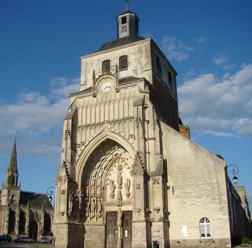 photo de eglise Saint Saulve MONTREUIL