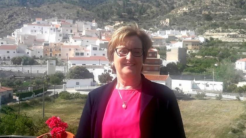 Emilia Mateo será, finalmente, la alcaldesa de Urrácal.