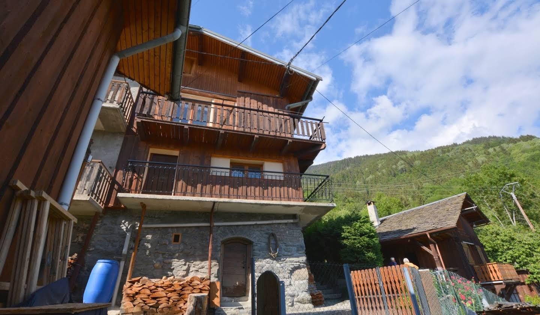 Maison avec terrasse Montagny
