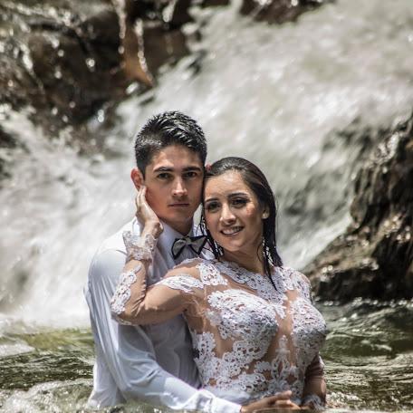 Fotógrafo de bodas Jhon Castillo (JhonCastillo). Foto del 22.09.2017