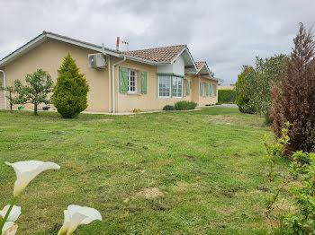 maison à Saint-Genès-de-Fronsac (33)
