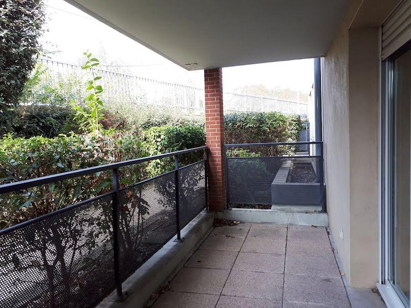 Location  appartement 4 pièces 81.36 m² à Toulouse (31300), 840 €