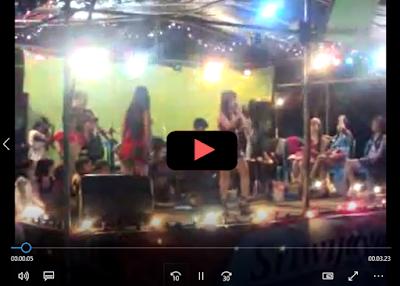 Hot Foto Artis Penyanyi Dangdut Indonesia Bugil Di Atas Panggung