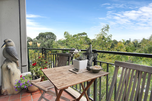 Photo of property at 301/26 Queens Road, Melbourne 3004
