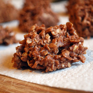 No-bake Chocolate Oatmeal Coconut Cookies