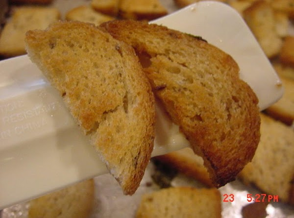 Rye Croutons For Salad And Soups  -- Bonnie's Recipe