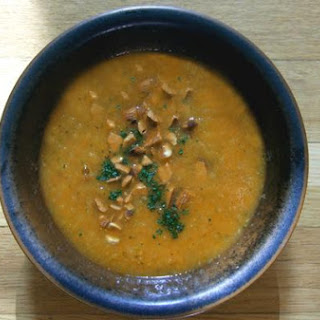 Catalan Tomato Zucchini Soup With Mint and Toasted Almonds