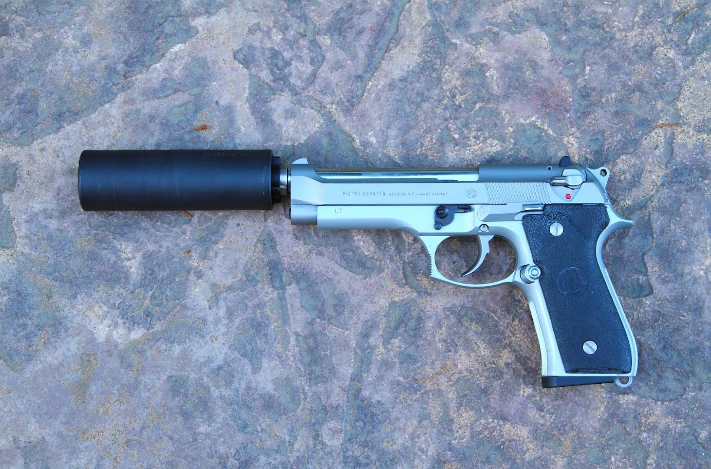 Suppressing Beretta 92FS - AR15 COM