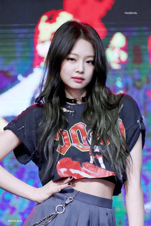 kpop-Blackpink-JENNIE-same-streetwear-Harajuku-sexy-tshirt-women-korean-loose-Round-Collar-off-shoulder-short.jpg_q50