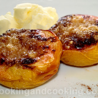 Baked Peaches with Almond.