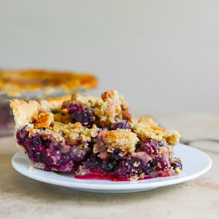 Blueberry Walnut-Streusel Pie