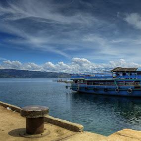 by Johan Joe - Transportation Boats