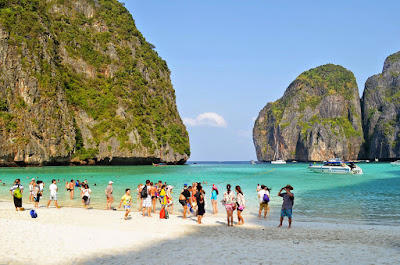 Half-Day Phi Phi Island Deluxe Tour from Phuket