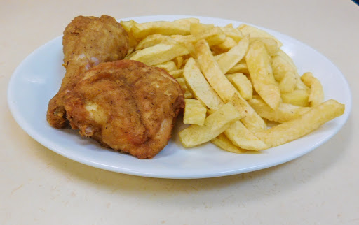 2 Pieces of Chicken & Chips