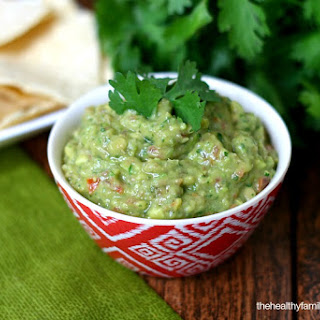 Classic Guacamole (Raw, Vegan, Gluten-Free, Dairy-Free, Paleo-Friendly) Recipe