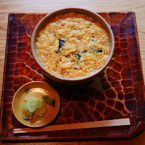 【伝統グルメ】浅草・並木藪蕎麦だけで食べられる「玉子とじそば」に癒やされる