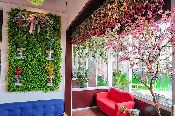 朵映花花世界 超好拍花牆+網美集散地+寵物友善餐廳