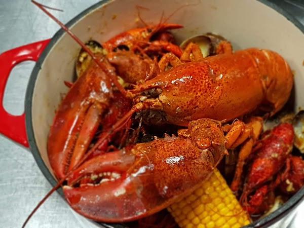 Kajun Crab Pho & Seafood