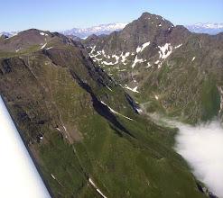 Photo: Vallon montant au port d'Urets (2512 m). Maubermé (2880m)à droite.