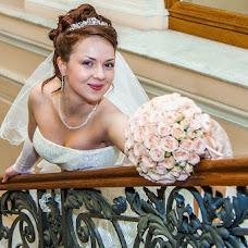 Wedding photographer Oleg Postolaka (LuckyPhotos). Photo of 24.01.2013