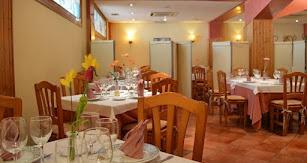 Este mítico restaurante se encuentra en el número 5 de la calle Altamira de la capital.