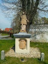 Photo: socha sv. Jana Nepomuckého u muzea v Trzebina
