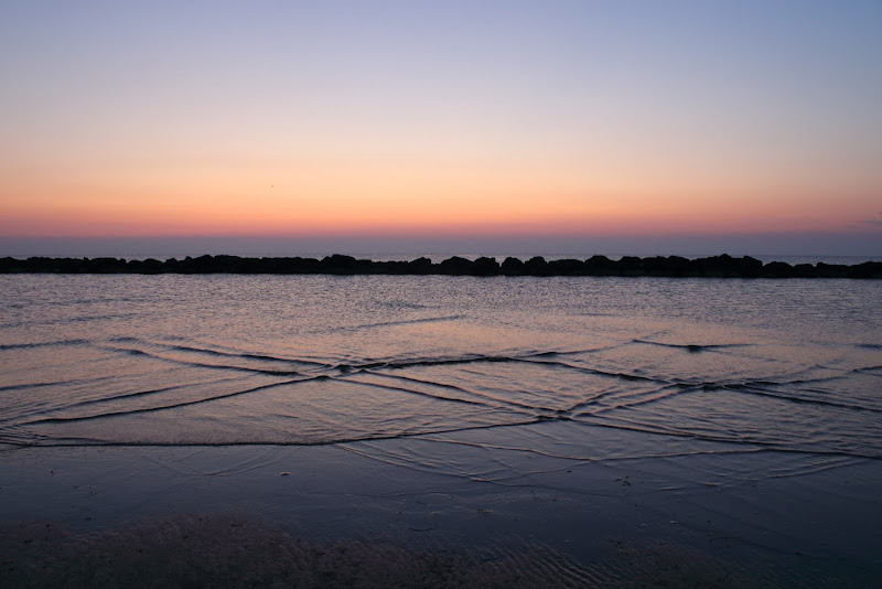 All'alba in riva al mare di roberto_rusticali
