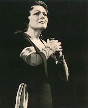 """Photo: Martha MÖDLs Geburtstag jährt sich am 22.3.2012 zum 100. Mal. Unser Foto zeigt sie als """"Isolde"""" in TRISTAN UND ISOLDE 1959 in Hamburg."""