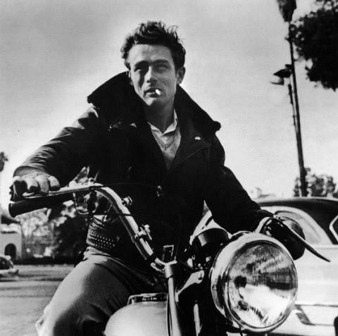 Hollywood Yıldızlarının Eski-Gençlik Fotoğrafları