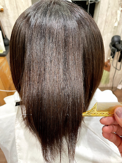 【大阪】エイジング毛のお悩み、癖毛のお悩みは継続的なケアで変わる!?