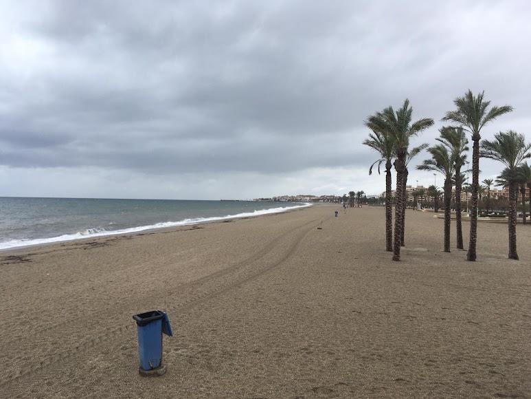Playa de Las Salinas de Roquetas de Mar. / Foto: Raúl Ramos