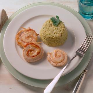 Kräuter-Pilz-Reis mit Geflügelröllchen