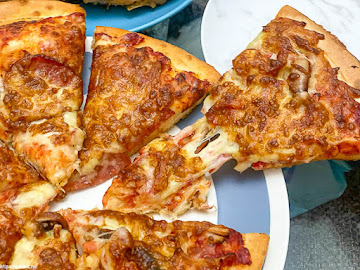 8818 Pizza Restaurant比薩屋