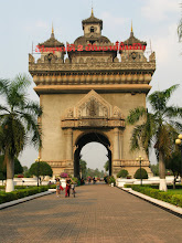 "Photo: Ratuxai - ""Arc de Triomphe"" in Lao style (Vientiane)"