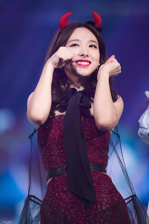 nayeon shimmer 8