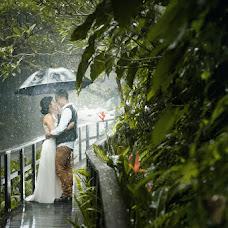 Wedding photographer Komang Frediana (duasudutphotogr). Photo of 19.09.2015