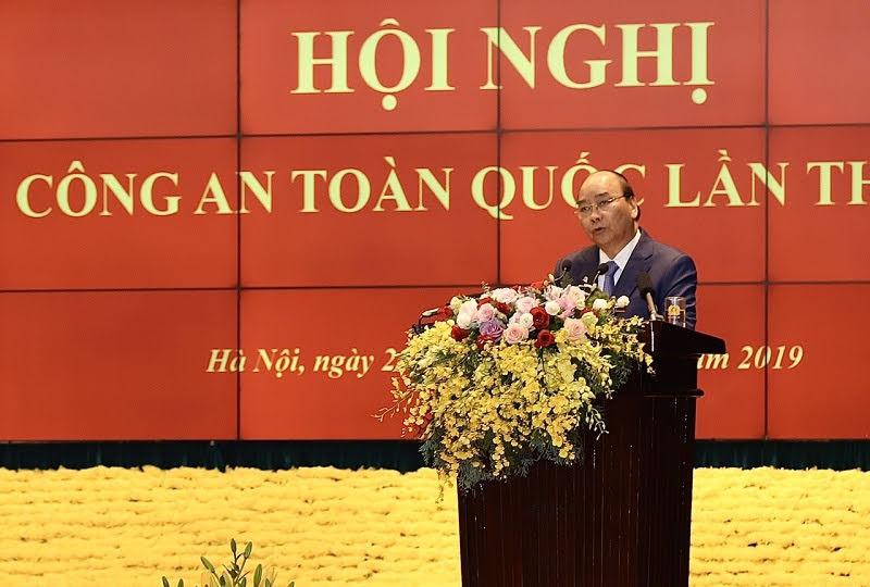 Thủ tướng Nguyễn Xuân Phúc phát biểu chỉ đạo Hội nghị Công an toàn quốc lần thứ 75
