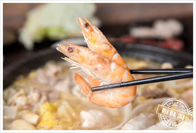 嘉義老牌石頭火鍋蝦子