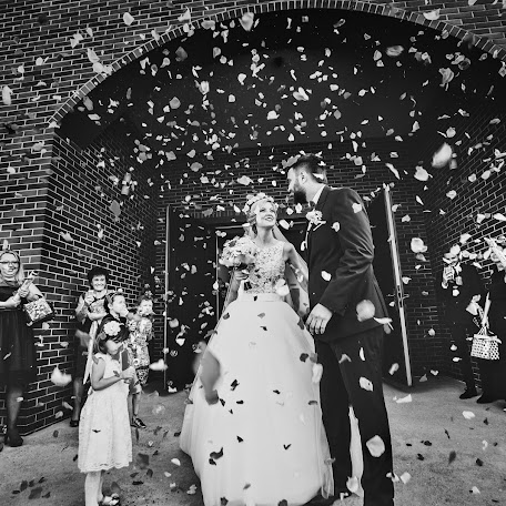Wedding photographer Piotr Sobolewski (psfoto). Photo of 22.12.2016