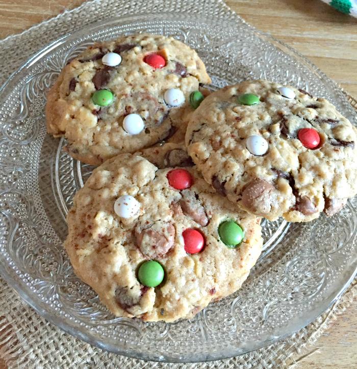 Christmas Chocolate Chip Cookies Recipe | Yummly